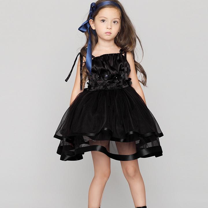 会場でかぶらない子供ドレス